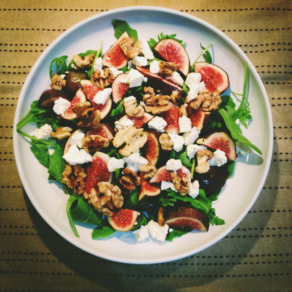 Hábitos alimentares saudáveis estão entre os comportamentos que evitam o reganho.