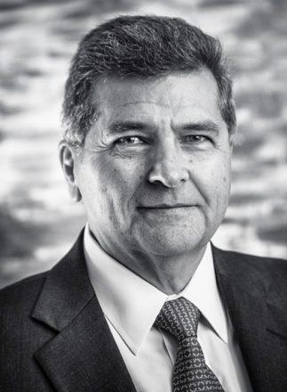 Dr. Thomas Szego