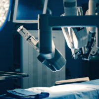 Simpósio discute principais avanços na cirurgia bariátrica e metabólica robótica