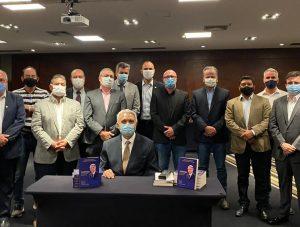 SBCBM publica livro sobre Arthur Garrido e a história da cirurgia bariátrica